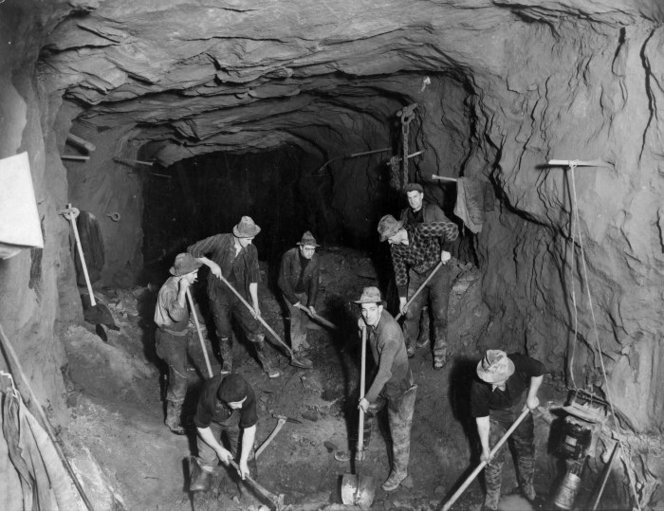 Milford Sound history: Men at work on the Homer Tunnel, Southland.