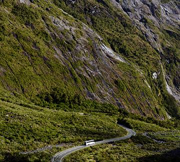 Milford Sound bus