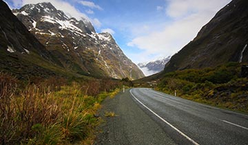 Milford Sound travel itineraries