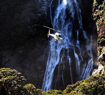 Milford Sound scenic flights - helicopter